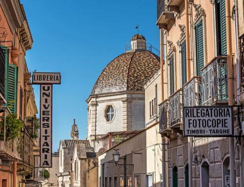 I Quartieri Storici di Cagliari in Scooter
